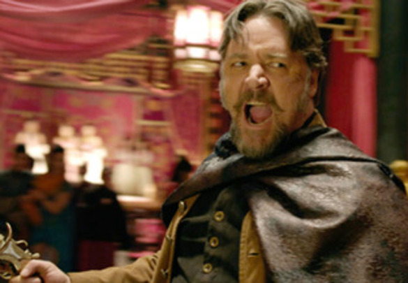 russell-crowe-man-with-the-iron-fists